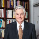 Bolkestein: 'Het klimaatbeleid is toe aan een adempauze.'