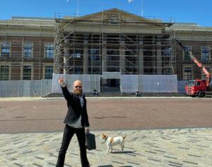 Klimaatclub freonen fan Advocaat Spong verdedigt Rypke Zeilmaker in diens rechtszaak tegen Friese windmolenlobby bouwe de boer.