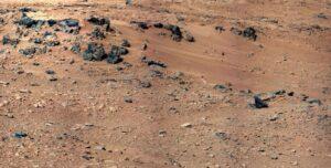 Mars aarde planeet zon NASA. Mars kent geen magnetisme en heeft dusook geenmagnetisch veld rondom geladendeeltjesvan dezonnewind