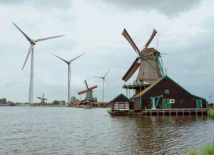 Hoe de vorige crisis vrij baan gaf aan de windlobby Nederland met alleen zon- en windenergie de klimaatdoelen niet halen geen rommellandschap