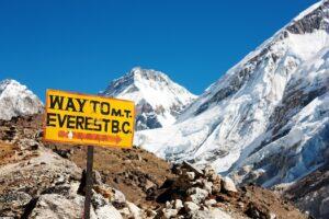 Wie controleert het VN-klimaatalarmpanel IPCC ? Foutieve voorspelling over het smelten van het Himalaya-ijs afwijkende metingen theorieën