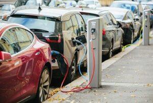 Propaganda voor elektrisch rijden is bedrieglijk, ook wat betreft milieu en klimaat! hernieuwbaar energie mobiliteit batterij.