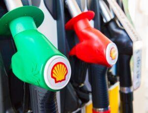 Milieudefensie voert kamikaze aanval uit de energietransitie: een orgie van verspilling, uitputting en milieu-vervuiling bedrijf Shell Co2