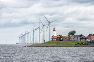 Sterke groei windenergie? Een sprookje! Het wordt hoog tijd voor een parlementaire enquête. De ramp is anders niet te overzien.